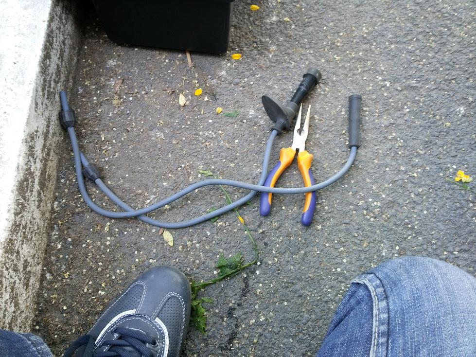 Старые высоковольтные кевларовые провода.