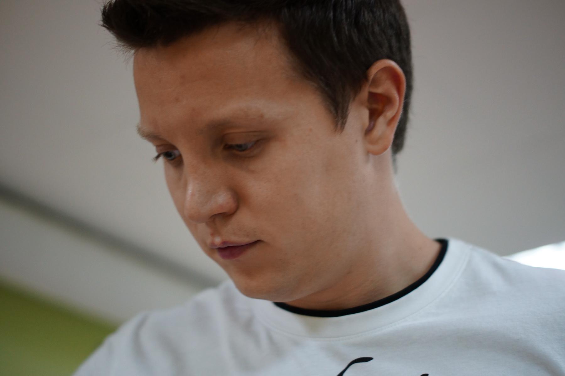 Илья Николаев