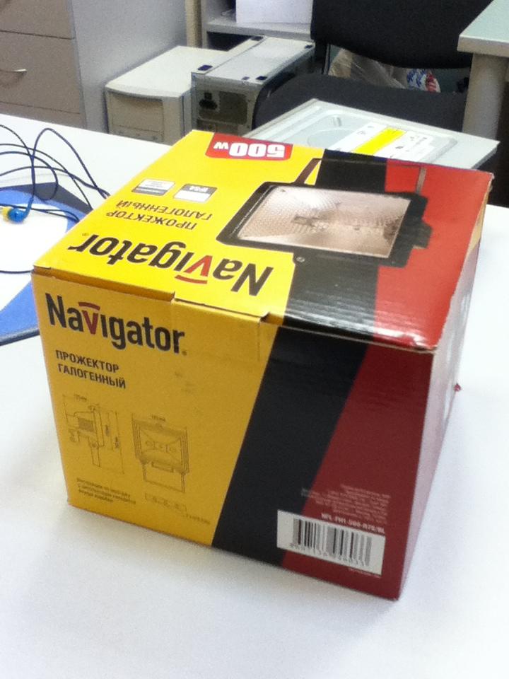 Галогеновая лампа фирмы Navigato 500 Ватт