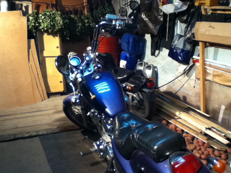 Галогеновые лампы в гараже